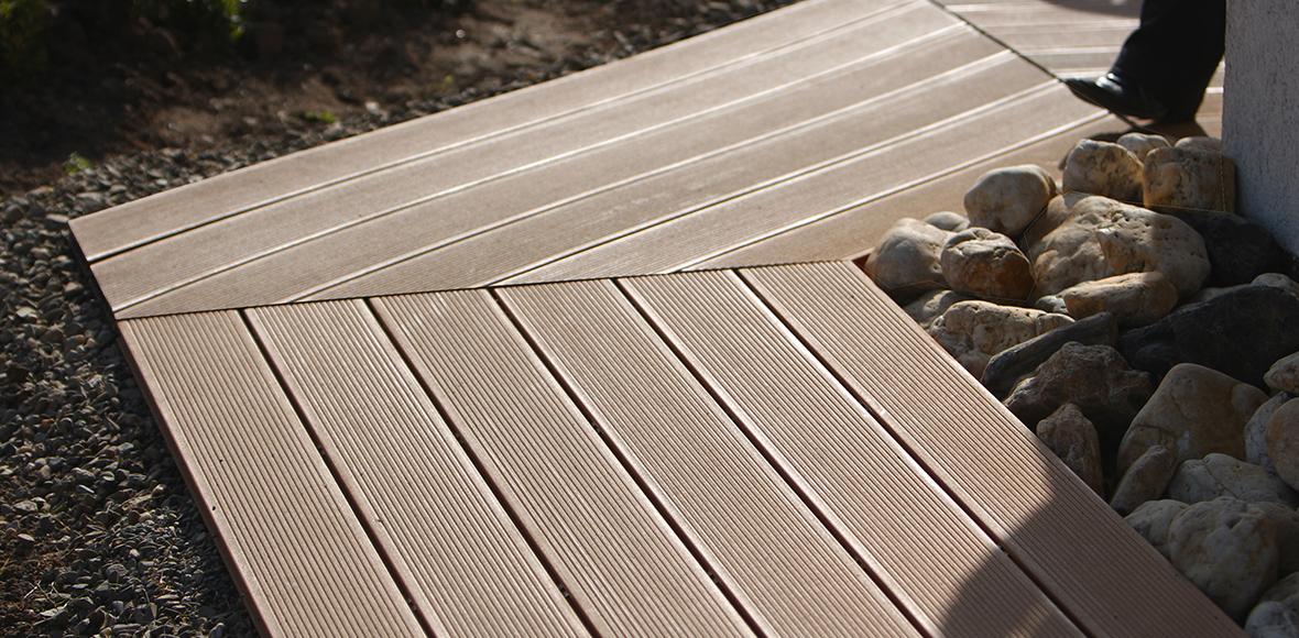 Terassenboden von Holz Heck
